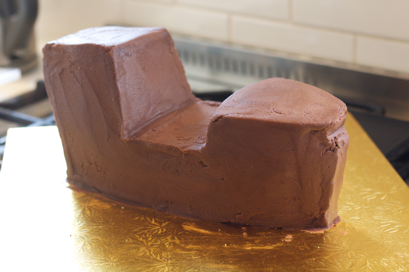 This is an image of the pirate ship cake base.